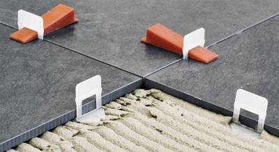 Tegel Leveling Systeem : Raimondi levelling system de revolutie voor plaatsing van wand en